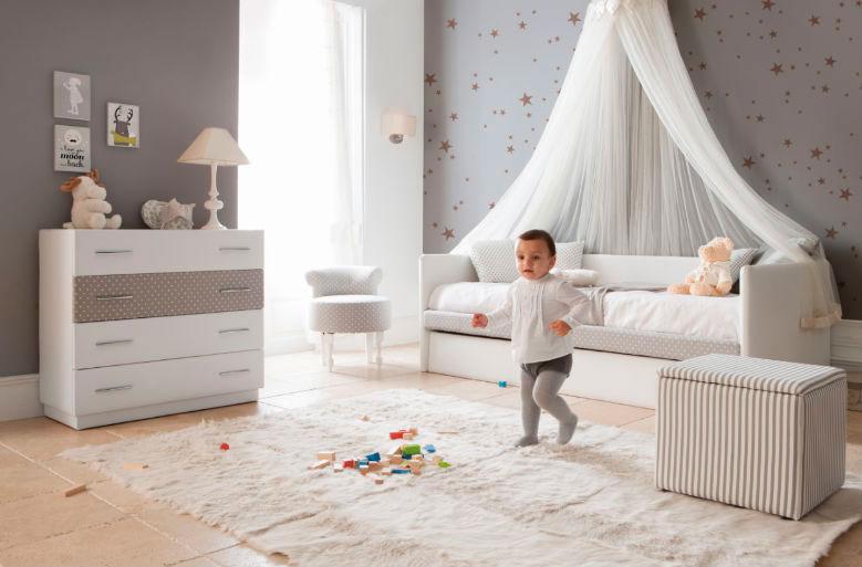 dormitorio infantil sofá cama dosel cómoda butaca muebles Thermobel Segovia