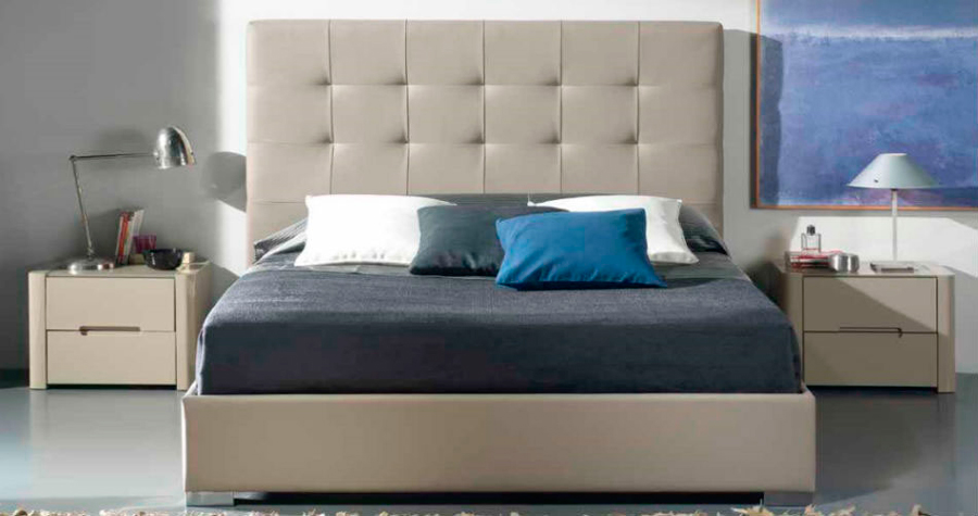 dormitorio principal beige cama matrimonio cabecero mesillas noche muebles Thermobel Segovia