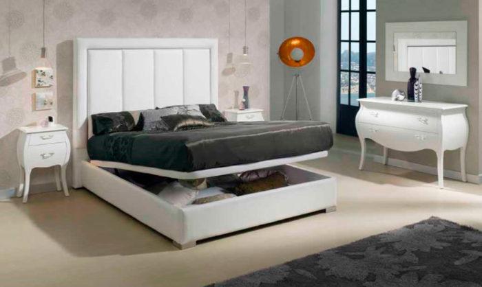 dormitorio principal clásico cama matrimonio cabecero acolchado mesilla noche cómoda espejo muebles Thermobel Segovia